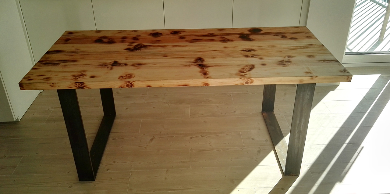 Chunky Table