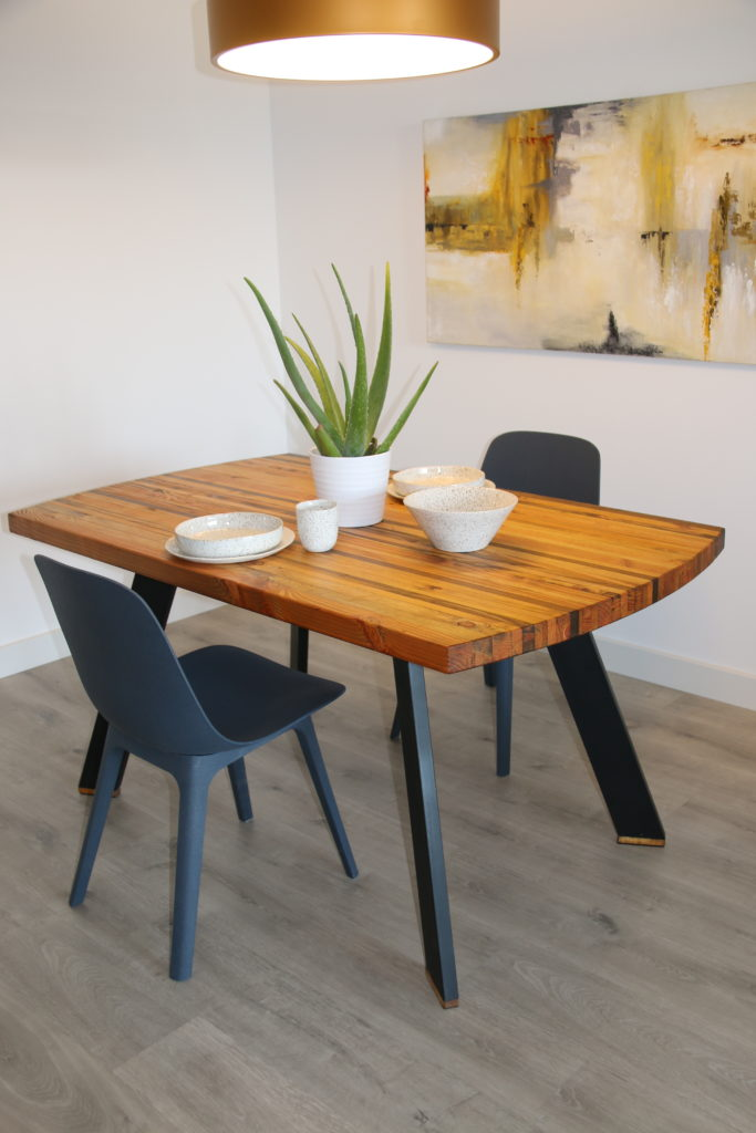 recycled wood strip table with 2 chairs